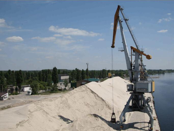 Купить песок в пределах города